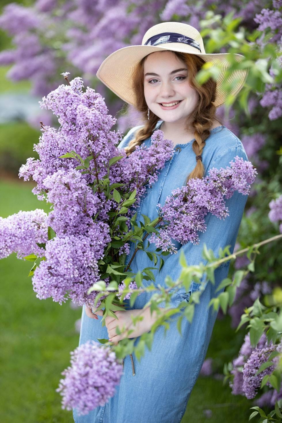 fun_bright_senior_girl_flowers_portrait